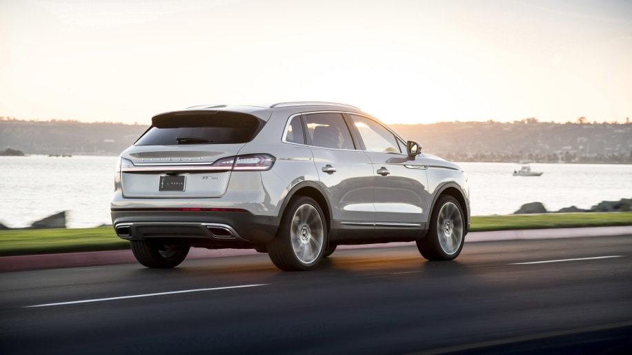 Lincoln makes Co-Pilot360 safety system standard on Nautilus