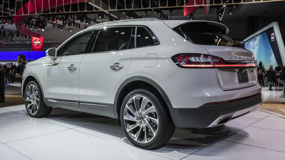 2019 lincoln nautilus midsize suv replaces lincoln mkx autoblog. Black Bedroom Furniture Sets. Home Design Ideas