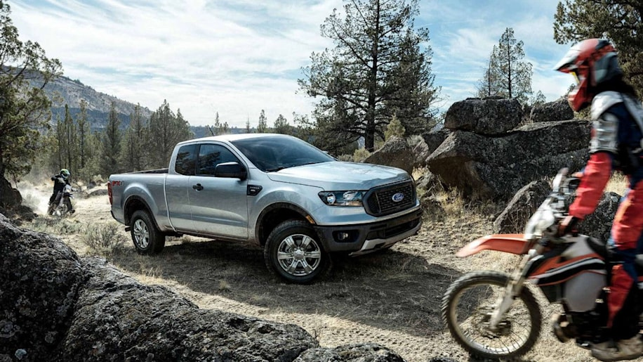 2019 Ford Ranger colors, and photos showing an active lifestyle - Autoblog