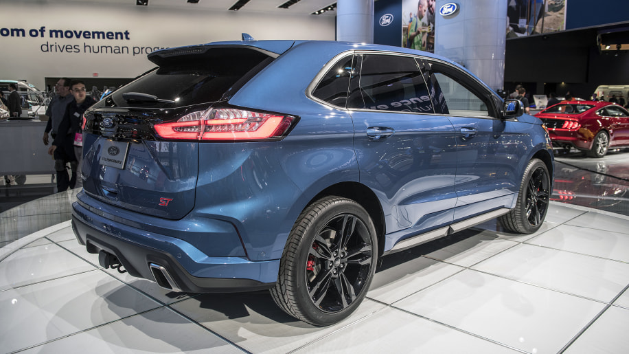 2019 ford edge st is a sporty two-row crossover - autoblog