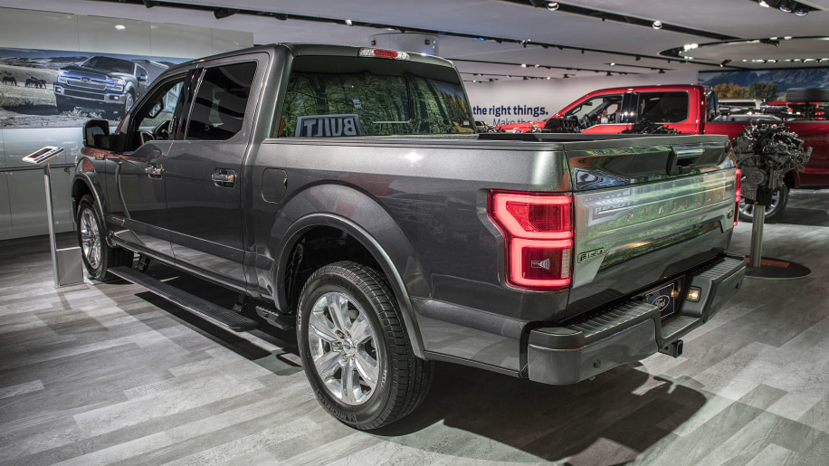 ford reveals details on 2018 f 150 powerstroke turbodiesel 3 0 liter v6 autoblog. Black Bedroom Furniture Sets. Home Design Ideas