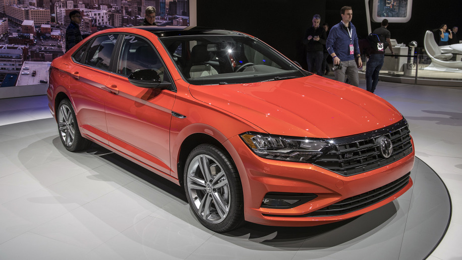 2019 VW Jetta vs 2018 Honda Civic vs 2019 Kia Forte comparison in specs and photos - Autoblog