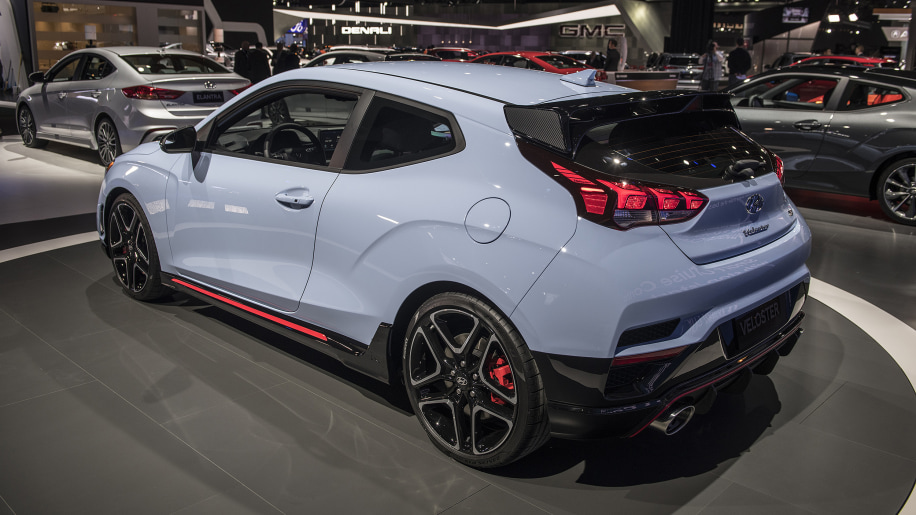 hyundai reveals the 2019 veloster n for the u s with a. Black Bedroom Furniture Sets. Home Design Ideas
