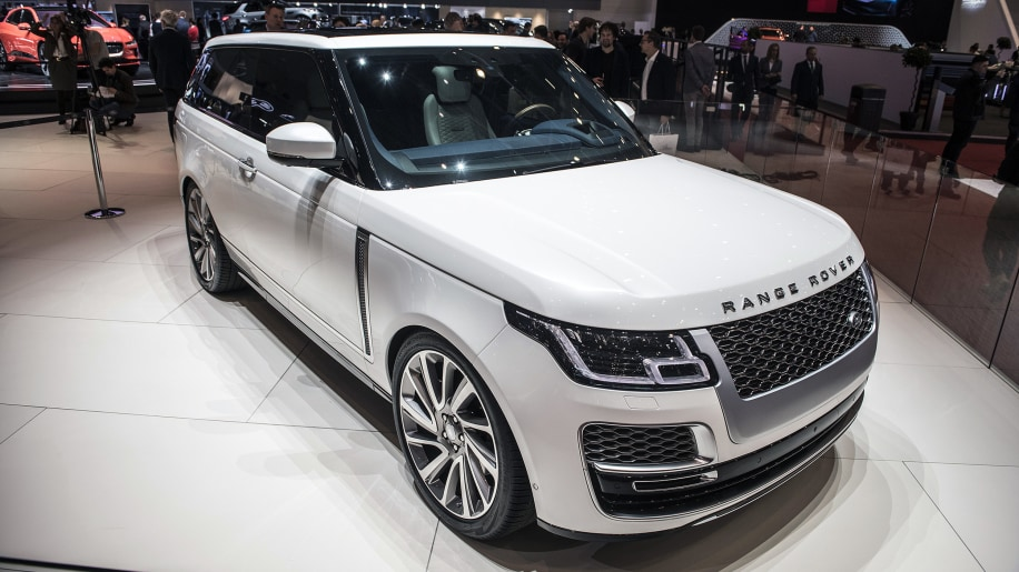 range rover sv coupe has fewer doors much greater luxury autoblog. Black Bedroom Furniture Sets. Home Design Ideas