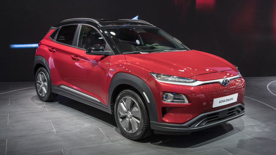 hyundai unveils kona ev autoblog. Black Bedroom Furniture Sets. Home Design Ideas