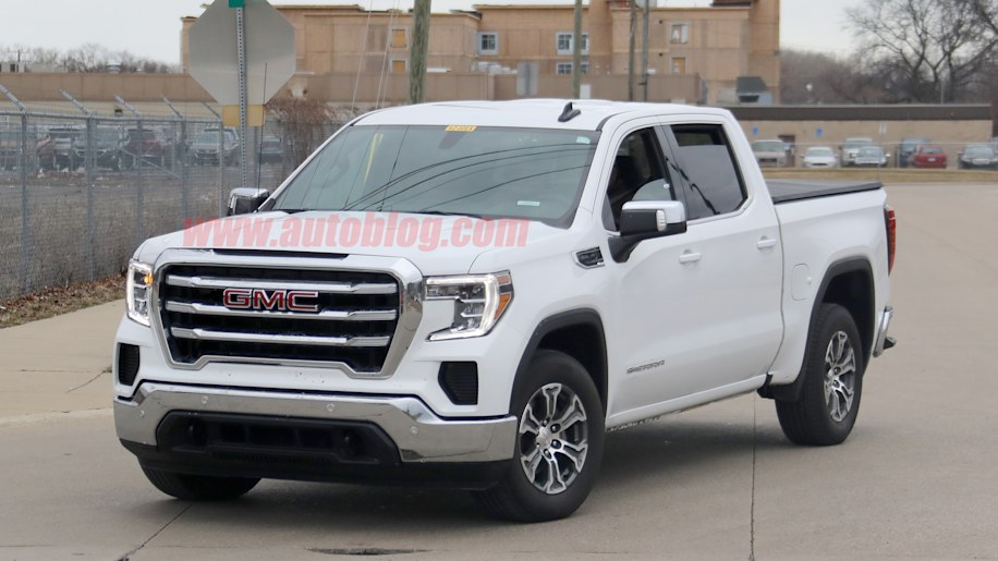 GMC Sierra 1500 spy shots show off the mid-range SLE trim ...