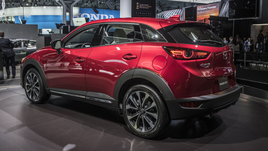 mazda cx 3 compact crossover updated for 2019 autoblog. Black Bedroom Furniture Sets. Home Design Ideas