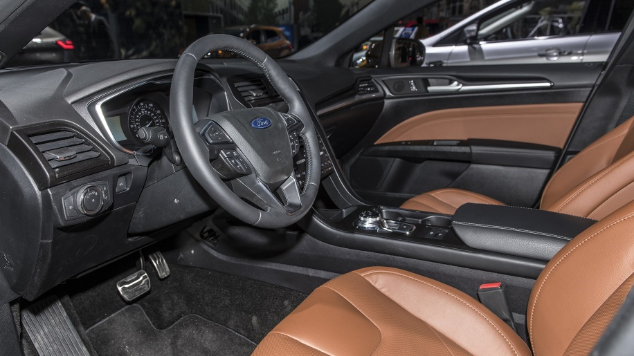 2019 Ford Fusion: New York 2018 Photo Gallery - Autoblog