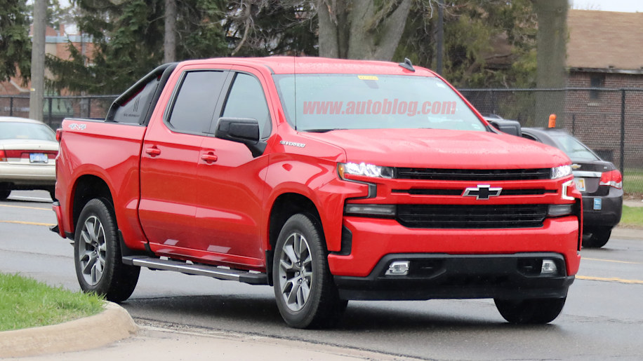 chevrolet silverado rst spied without camouflage autoblog. Black Bedroom Furniture Sets. Home Design Ideas