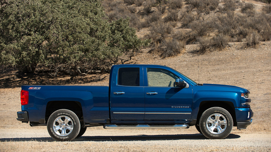 2018 Chevrolet Silverado 1500 New Pickup Buyers Guide With