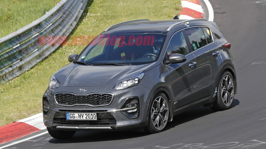 2019 kia sportage crossover spied without camouflage autoblog. Black Bedroom Furniture Sets. Home Design Ideas