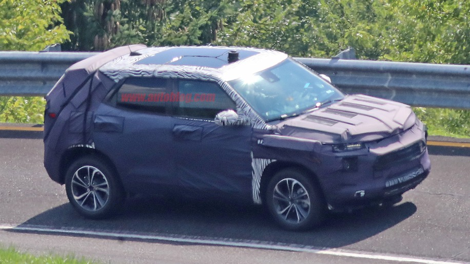 2020 Chevy Trax, 2020 Buick Encore spied testing - Autoblog