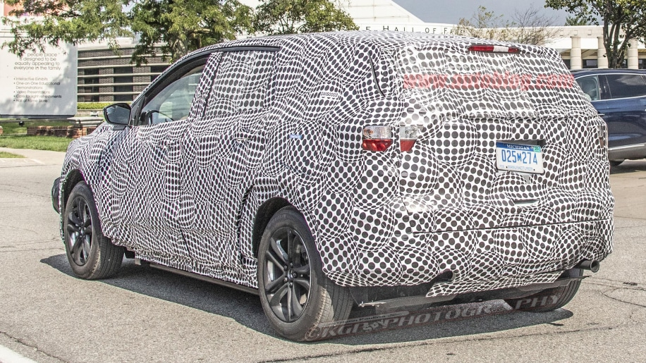 2020 - [Ford] Mustang Mach-E 2020-ford-mach-1-ev-crossover-11-1