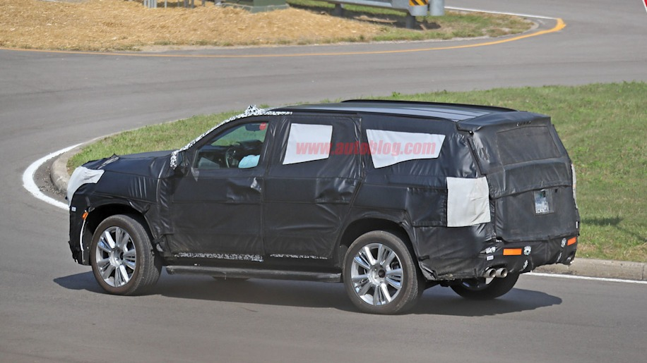 2020 chevrolet tahoe spy photos reveal a few key differences
