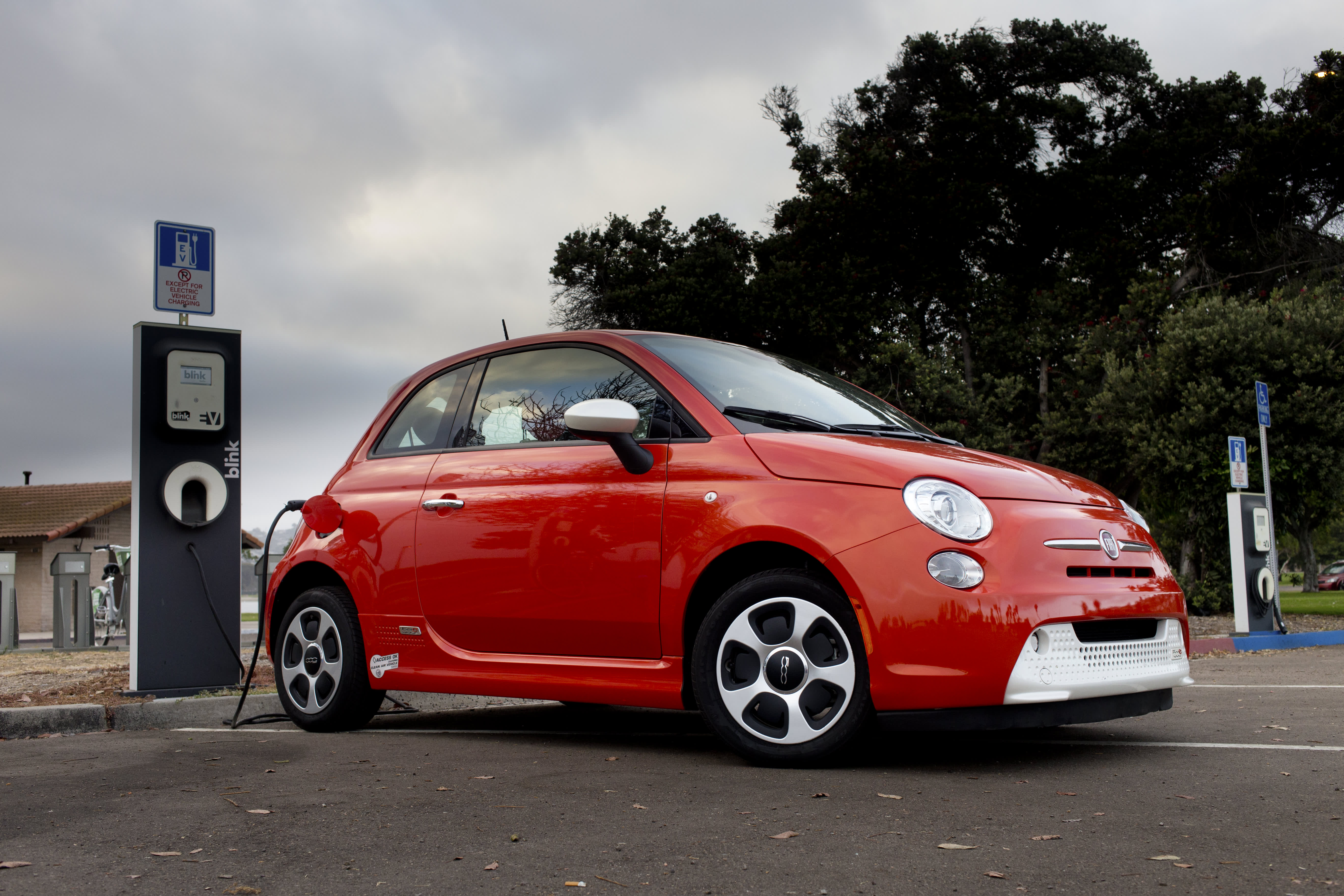 Used Ev Depreciation Means Good Deals On Used Electric Cars Autoblog