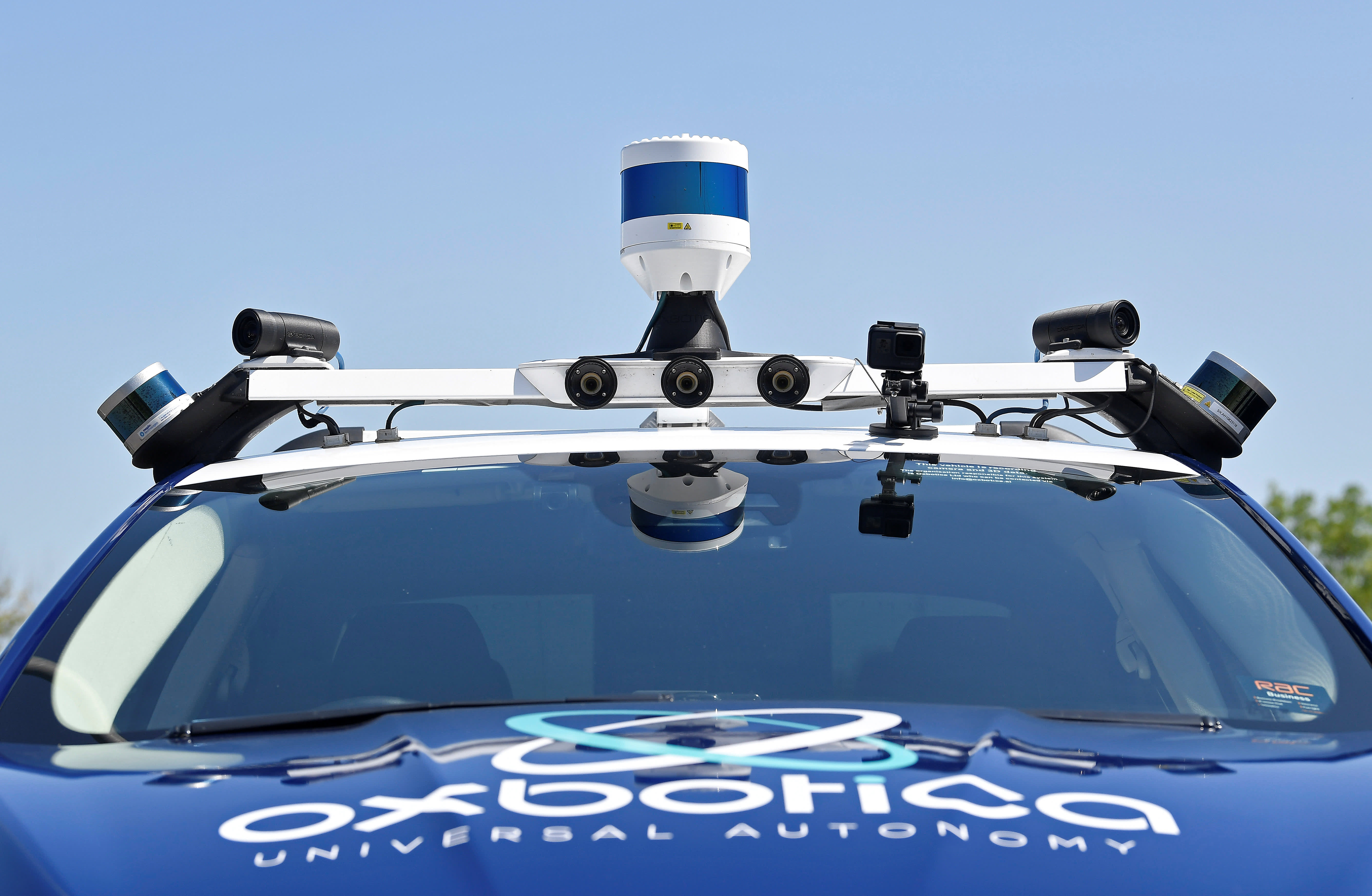 European startups try to develop driverless cars in streets built for horses - Autoblog