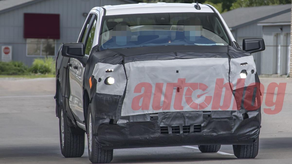 2018 - [Chevrolet / GMC] Silverado / Sierra - Page 3 Silverado.facelift.g01.KGP_