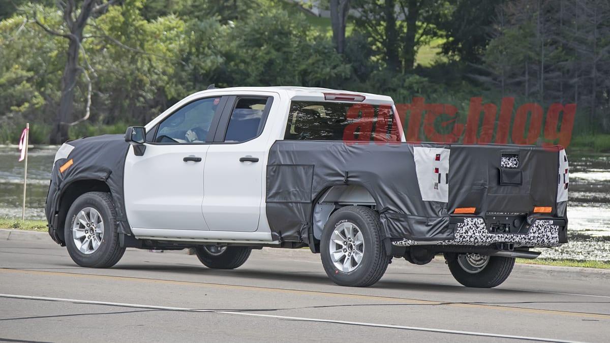 2018 - [Chevrolet / GMC] Silverado / Sierra - Page 3 Silverado.facelift.g09.KGP_
