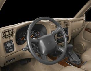 2000 oldsmobile bravada vs 2000 chevrolet blazer and 2000 dodge durango interior photos autoblog 2000 oldsmobile bravada vs 2000