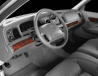 2001 mercury grand marquis vs 2001 pontiac grand prix and 2019 jeep grand cherokee interior photos autoblog 2001 mercury grand marquis vs 2001