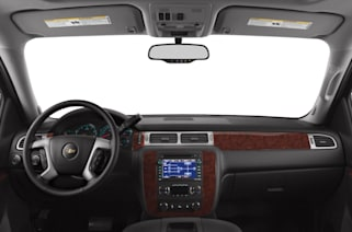2013 Chevrolet Suburban 2500 Vs 2013 Ford Expedition El And