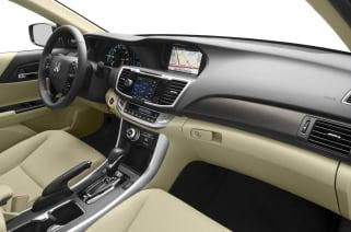 2017 Honda Accord Hybrid Vs Toyota Avalon And 2019 4runner Interior Photos