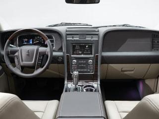 2016 Lincoln Navigator Vs Volvo Xc90 And Volkswagen Touareg Interior Photos