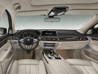 2018 Audi A8 Interior Photos 8