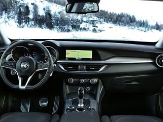 2019 Alfa Romeo Stelvio Vs 2019 Bmw X3 And 2019 Acura Rdx Interior
