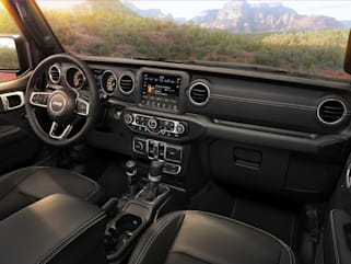 2019 jeep wrangler unlimited vs 2019 chevrolet traverse and 2019 Custom Jeep Wrangler Unlimited Interior