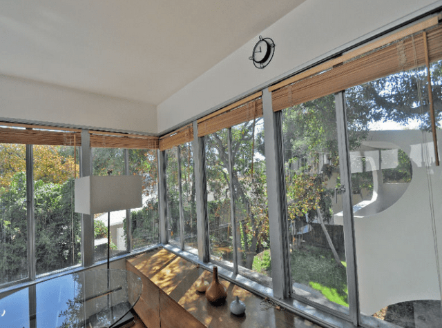 See This Richard Neutra-Designed LA Jigsaw House