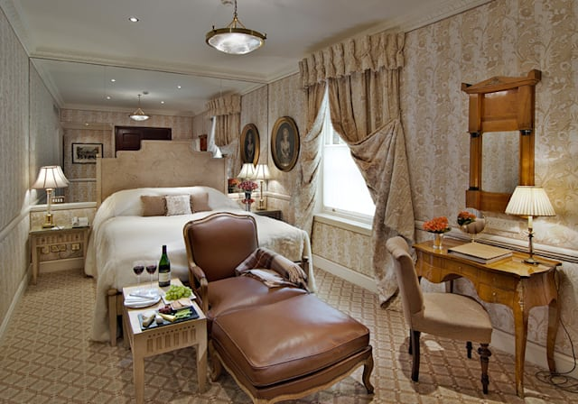 Top 10 hotels in UK for customer service