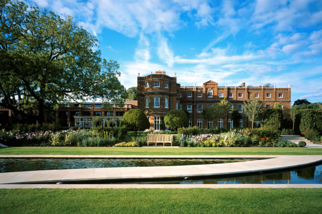 Top 10 hidden hotel gems within an hour of London