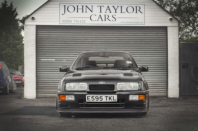 Rare Ford RS500 Sierra Cosworth sells for £122,400 at auction