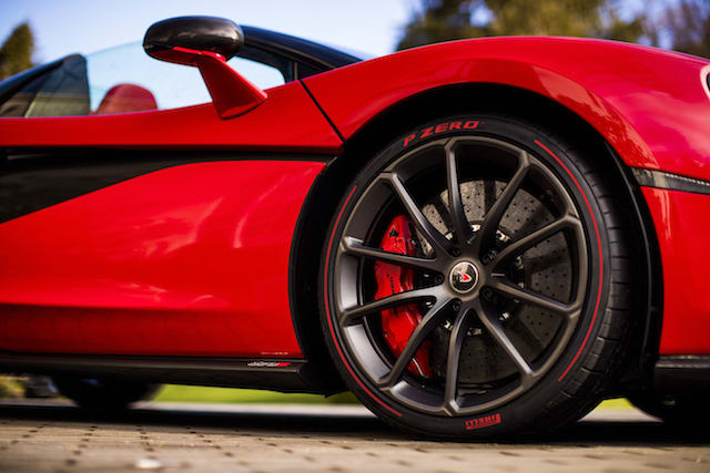 McLaren shows off one-of-a-kind 570S Spider for Valentine's Day