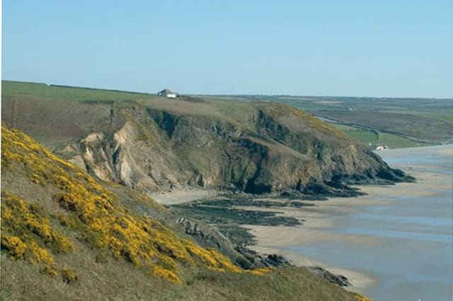 Wonderfully secluded cottages by the sea
