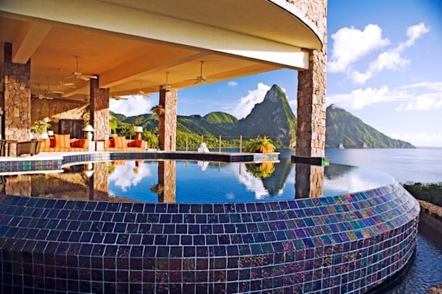 12 of the world's best hotel pools