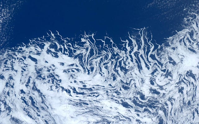 Images from space by astronaut Andre Kuipers