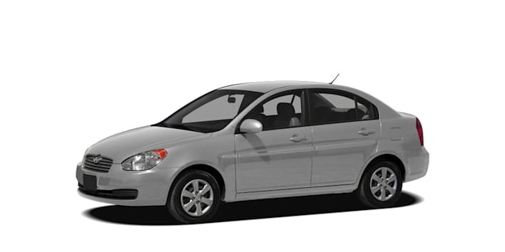 2010 hyundai accent gls 4dr sedan pricing and options. Black Bedroom Furniture Sets. Home Design Ideas