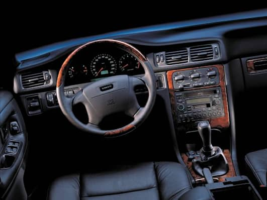 1999 Volvo V70 GLT 4dr Station Wagon Specs and Prices