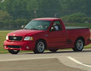 Ford Lightning Specs >> 2000 Ford F 150 Svt Lightning 4x2 Regular Cab Flareside 119 8 In Wb Specs And Prices