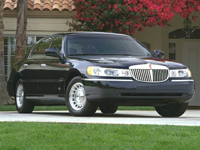 2000 lincoln town car specs and prices. Black Bedroom Furniture Sets. Home Design Ideas