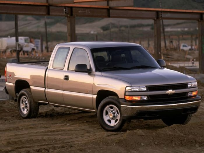 2002 chevrolet silverado 1500 base 4x4 extended cab 6 6 ft  box 143 5 in  wb information