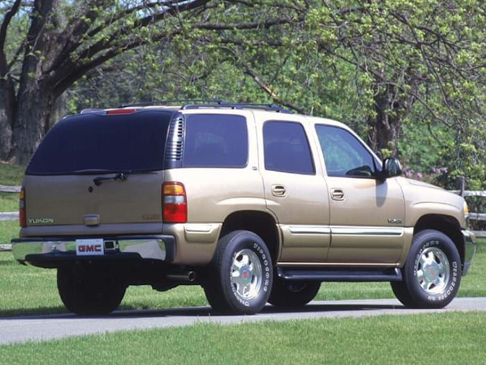 2002 gmc yukon safety features. Black Bedroom Furniture Sets. Home Design Ideas