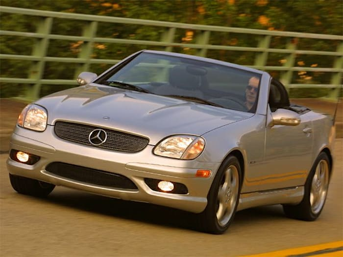 2002 mercedes benz slk class safety features
