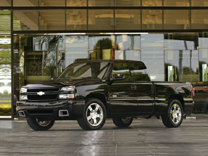 2007 chevrolet silverado 1500 ss classic information. Black Bedroom Furniture Sets. Home Design Ideas