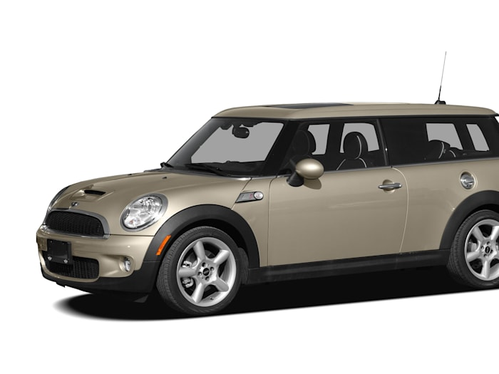 2009 mini cooper s clubman safety features. Black Bedroom Furniture Sets. Home Design Ideas