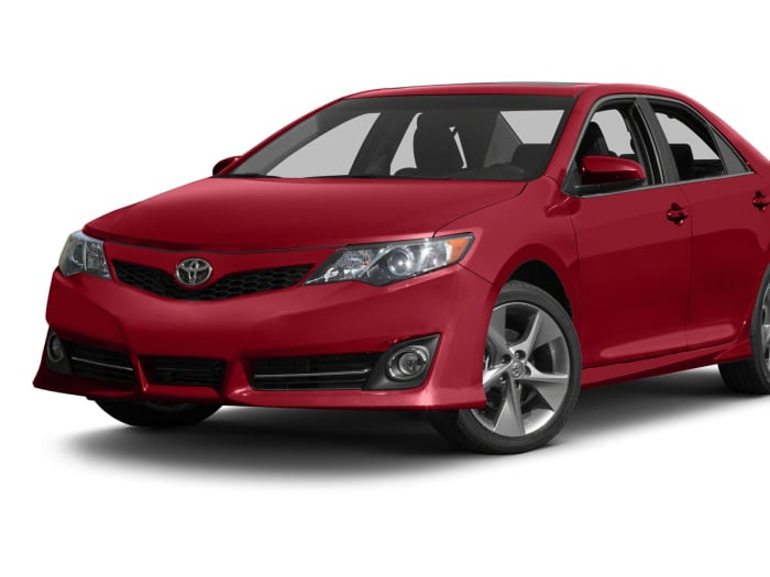 2013 toyota camry se 4dr sedan specs and prices. Black Bedroom Furniture Sets. Home Design Ideas