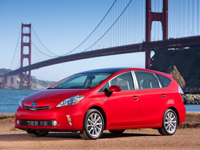 2012 toyota prius v specs and prices sciox Image collections
