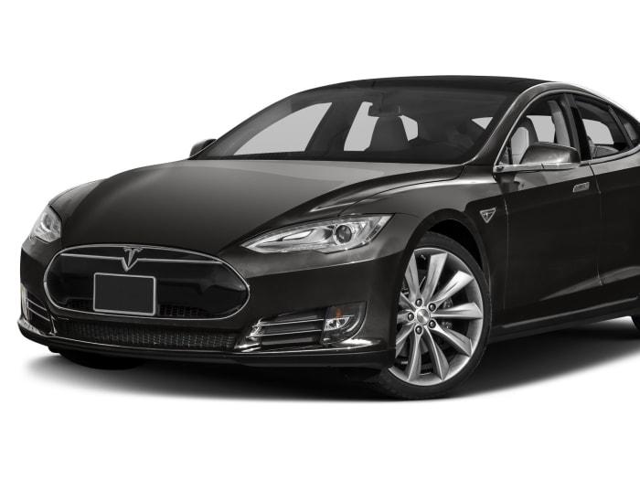 2015 Tesla Model S Pictures